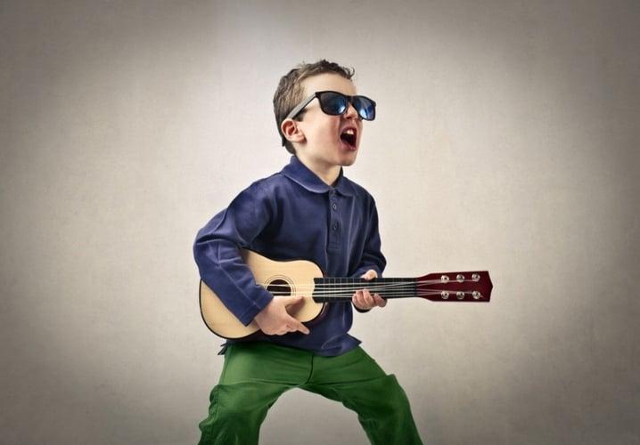 Child Rocking an alternative lineup